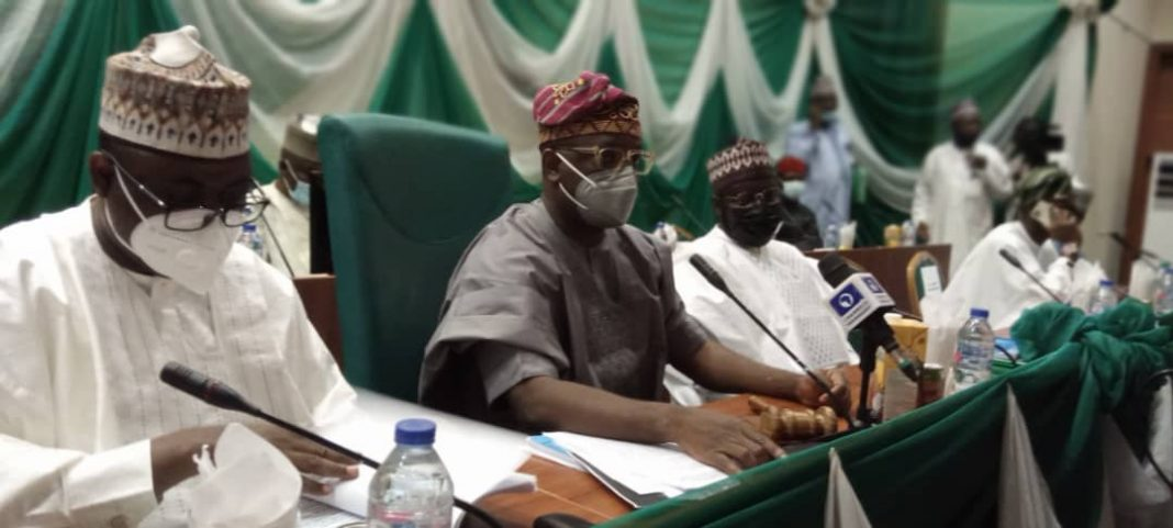 Reps raise expectations at screening of service chiefs
